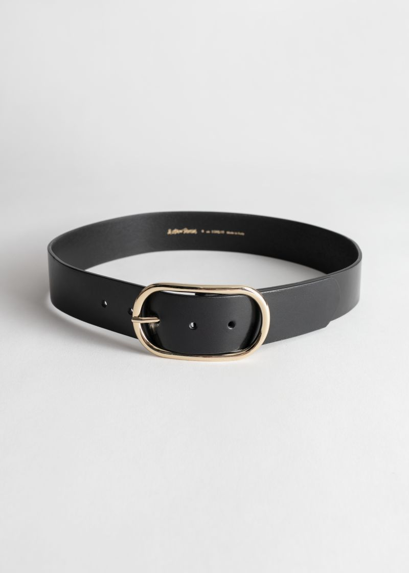 Oval Buckle Smooth Leather Belt