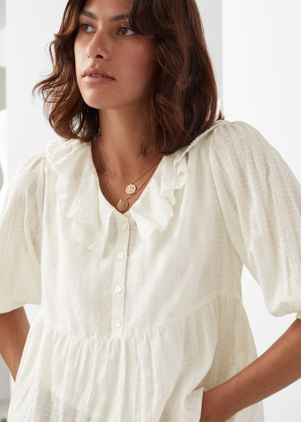 Relaxed Ruffle Collar Top